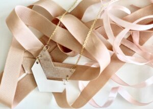 krympeplast smykker